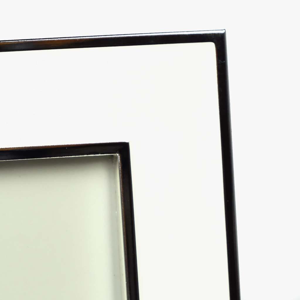 Moldura Lisa Branco e prata 13x18 cm