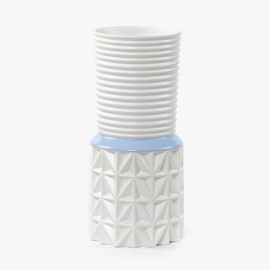 Jarra Branca e Azul 16x16x34 cm