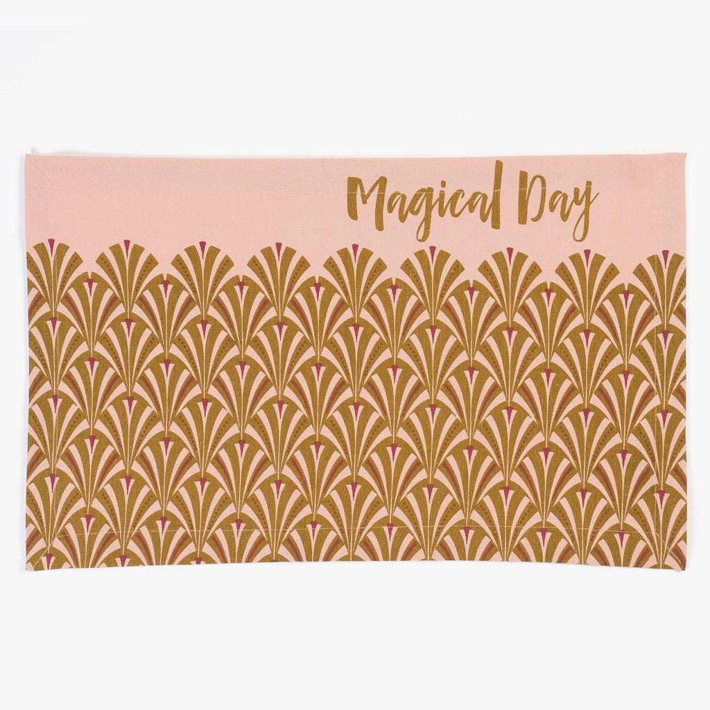 Individual Magical Day 32x49 cm