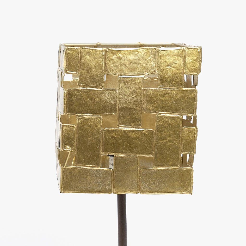 Candeeiro de Mesa Yoko Dourado