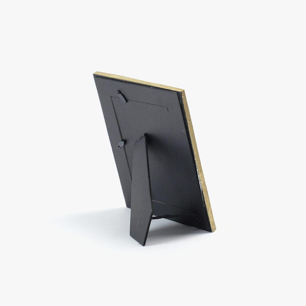 Moldura Malha Dourada 10x15 cm