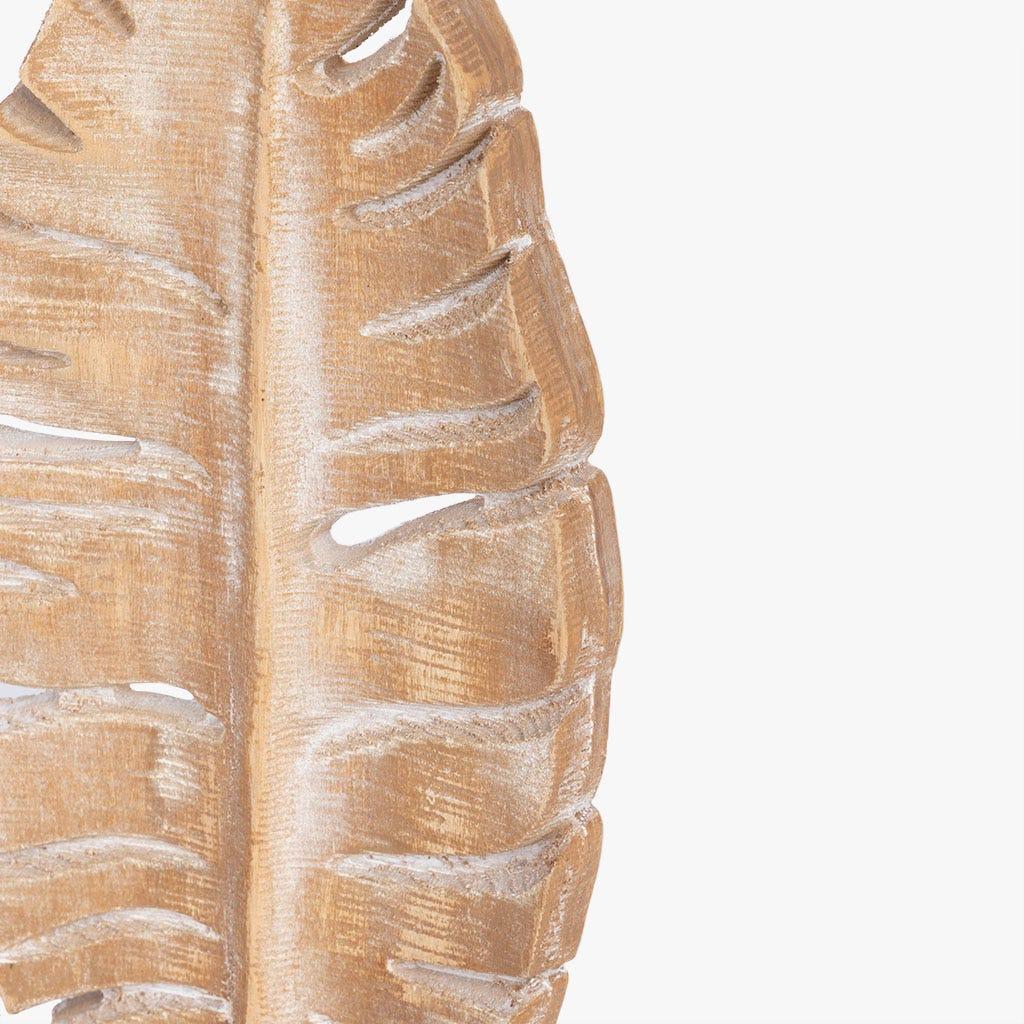 Peça decorativa folha madeira 15x7x29 cm