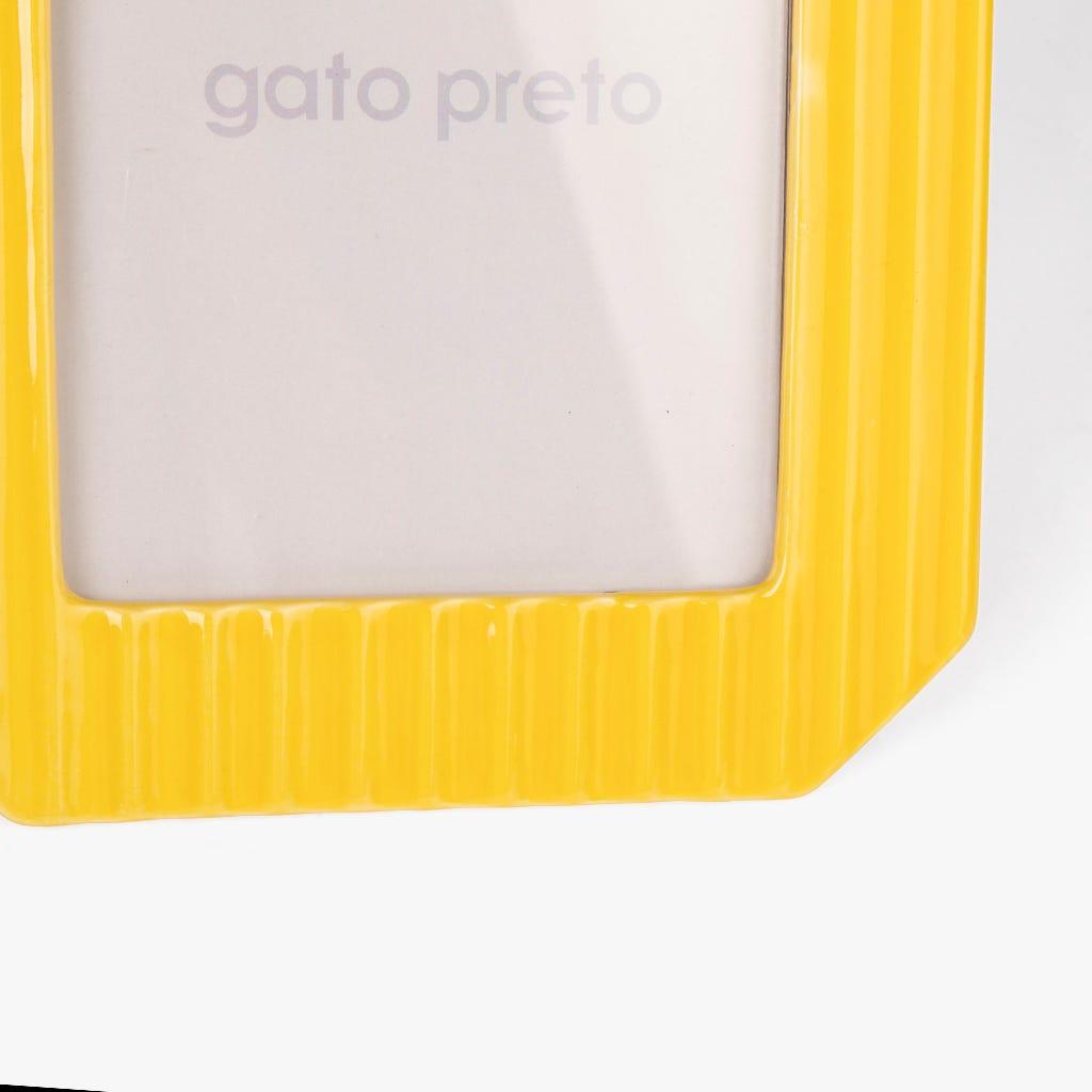 Moldura Amarela 25x20 cm